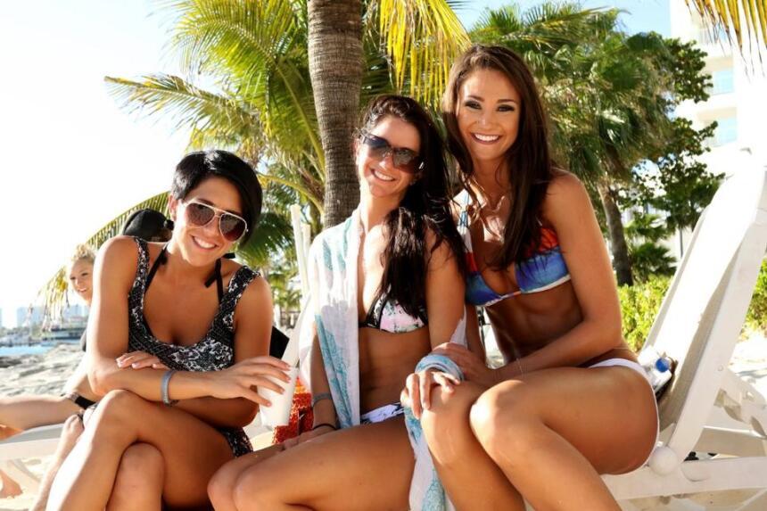 Las porristas de los campeones de la NFL eligieron las hermosas playas m...