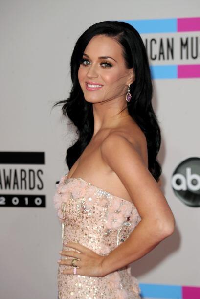 Lo mejor de los American Music Awards del 2010 fue la alfombra. ¿Por qué...
