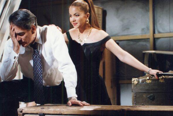 """Lucero andaba con pistolas cuando interpretaba a """"María Paula"""". Un gran..."""