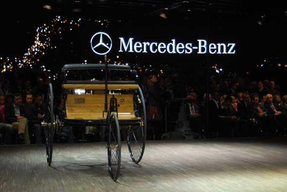 Desde el inicio, la historia de Mercedes-Benz ha estado marcada por la i...