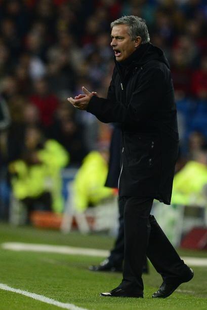 Mourinho movió el banco para amarrar la victoria.