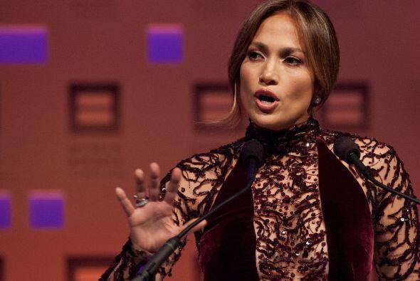 Jennifer López: Actriz y talentosa cantante de ascendencia puerto...