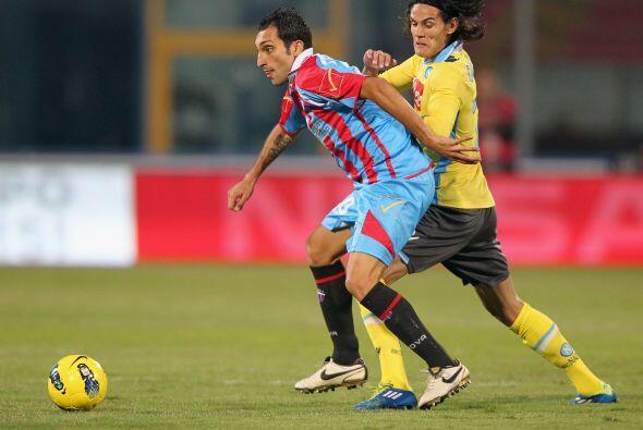 Catania y el Nápoli protagonizaron un entretenido partido que terminó en...