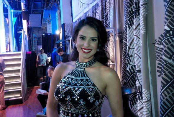 La modelo de Sábado Gigante, Vanessa de Roide, en backstage.
