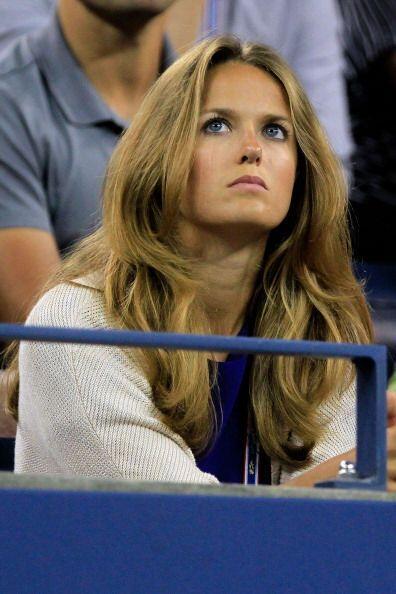 Kim Sears, novia de Andy Murray, observó con atención el juego del escocés.