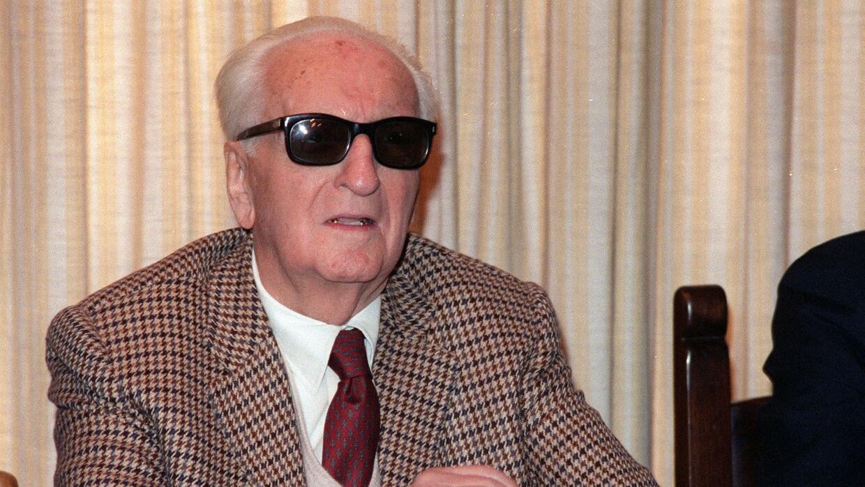 Enzo Ferrari murió en agosto de 1988, su cuerpo está enter...