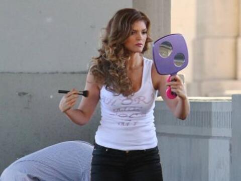 La cantante fue captada en las filmaciones de su nuevo video musical, &q...