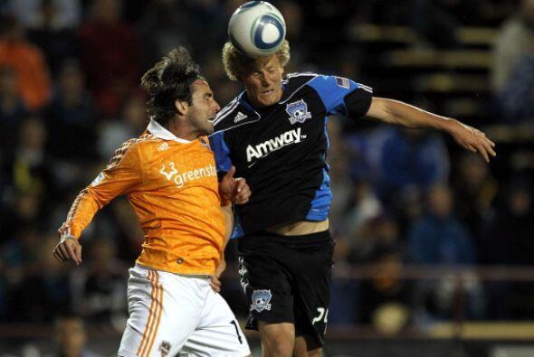 San José extendió su racha ganadora a tres encuentros como local, pues v...