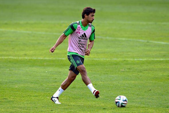 Osvaldo Alanís, el defensor de Santos se ha adueñado de la titularidad c...