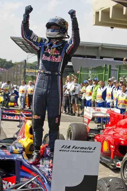 Al final de la carrera, Vettel se alzó con su cuarta victoria de la temp...
