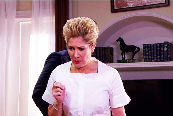 Y ella dio el grito en el cielo cuando vio a su hija en los brazos de Sa...