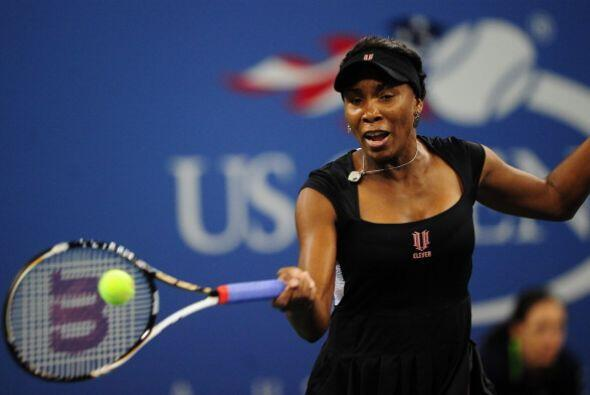 Venus Williams, campeona del US Open en 2000 y 2001, alegó una fatiga ex...