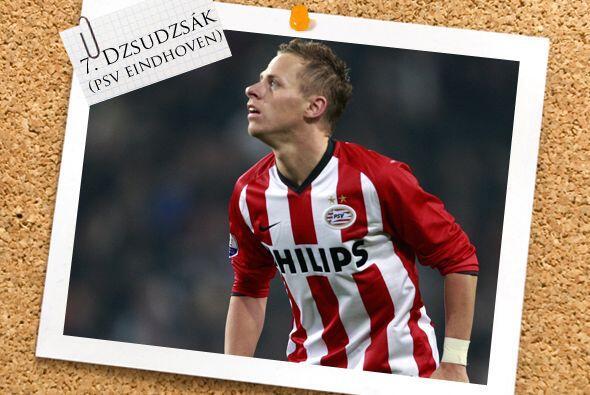 El polaco Balázs Dzsudzsák, pese a no ser un delantero, suele marcar gol...
