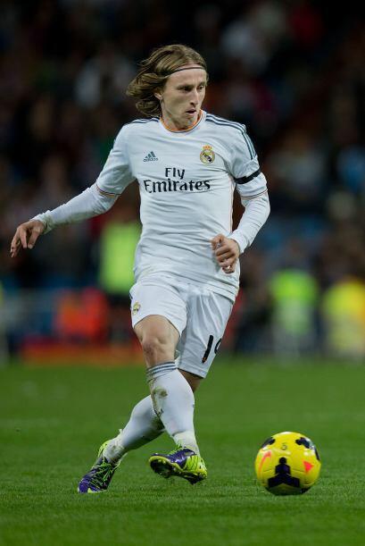 Luka Modric (7): Corrió más kilómetros que ninguno dejando todo tras el...