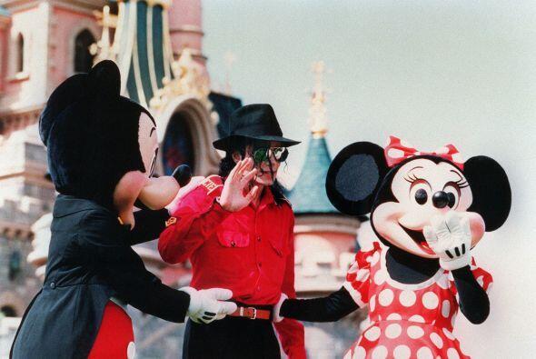El desaparecido Michael Jackson, amante de los parques de diversiones, t...