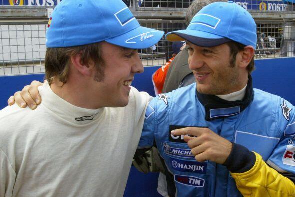 Alonso hizo pareja con el italiano Jarno Trulli en la temporada del 2003.