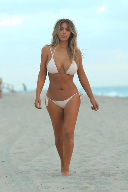 ¡Y vaya bikini que eligió! Mira aquí los videos más chismosos.