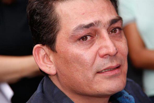 José Manuel Figueroa, hijo de Sebastian, durante el funeral.