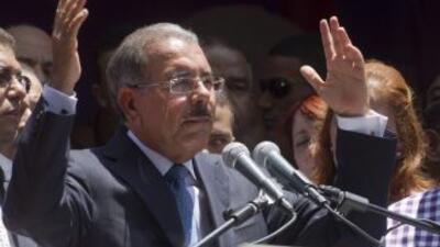 El candidato oficialista Danilo Medina obtuvo el triunfo en las eleccion...