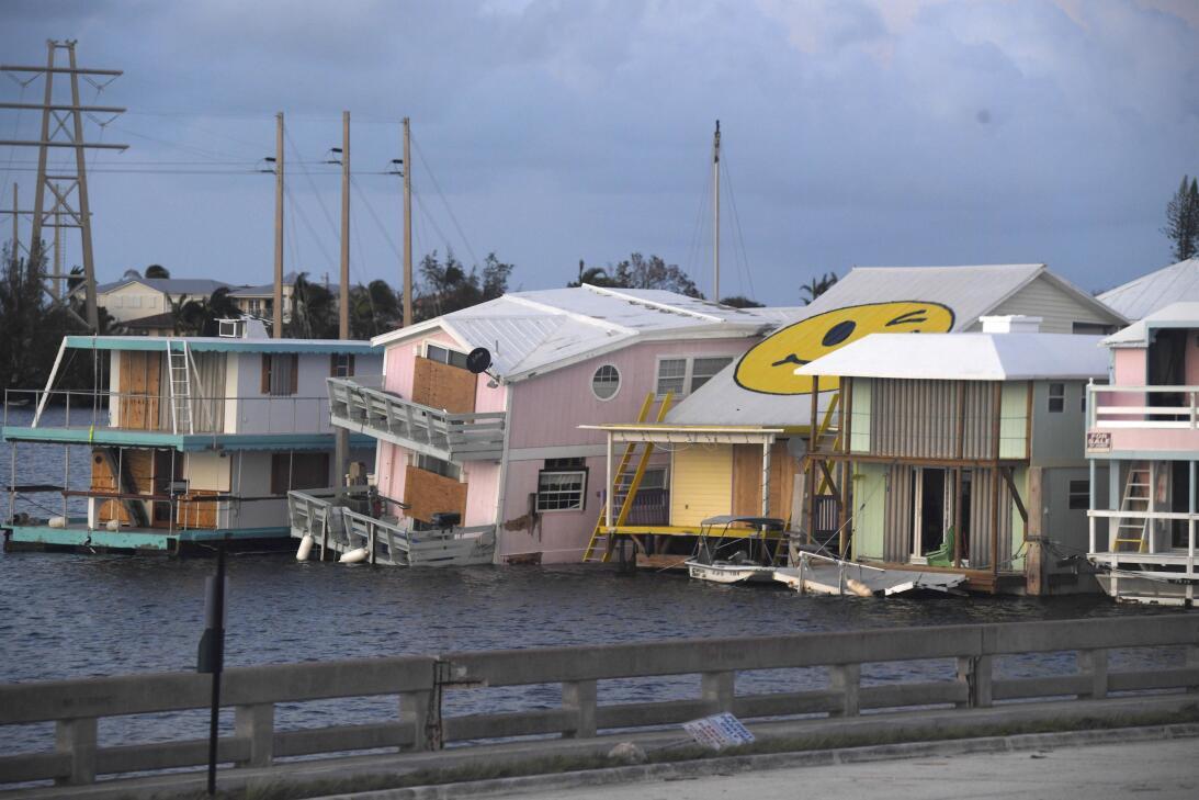 En fotos: Así se ve la destrucción en los Cayos de Florida  AP_172550942...