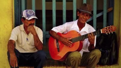 10 temas clásicos del son cubano que deberías escuchar alguna vez en tu vida