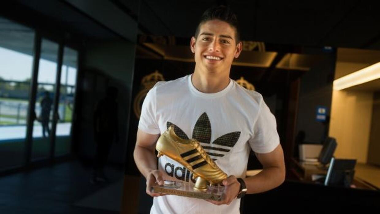 James estuvo en la presentación de las nuevas botas de Adidas.