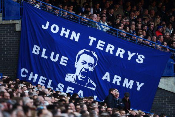 La hinchada del Chelsea festejaba una victoria más que necesitada.
