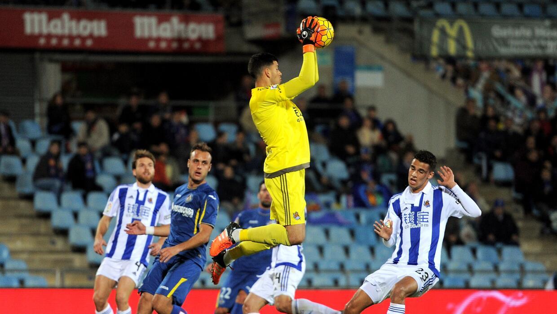 Diego Reyes volvió a ser titular en empate de la Real Sociedad.