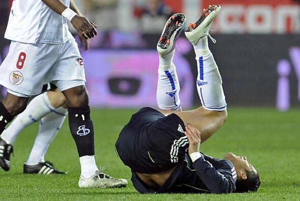 Cristiano Ronaldo hizo un poco de yoga en pleno partido.