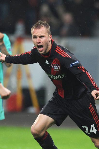 El equipo alemán aprovechó su chance y Michal Kadlec empató el partido.
