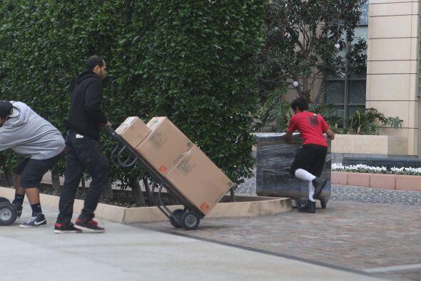 """Llevaron muchísimos muebles y cajas del actor de """"Magic Mike""""."""