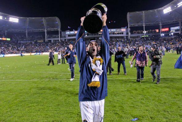 El talentoso brasileño jugó con el Galaxy durante la temporadas 2010 y 2...