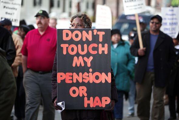 Los sindicatos de empleados públicos y los grupos de jubilados ha...