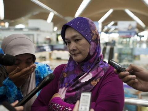 Familiares de las víctimas del vuelo MH17 son entevistados por lo...