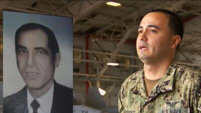 Adrián Rodríguez, el puertoriqueño que siguió la carrera militar de su familia en la Marina de EEUU