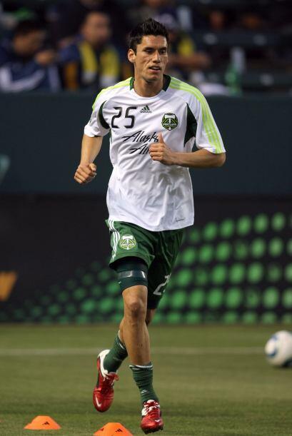 Rubén Israel tendrá la posibilidad de plantar en el campo a jugadores co...