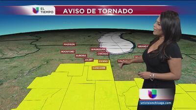 Tornado tocó tierra en Illinois