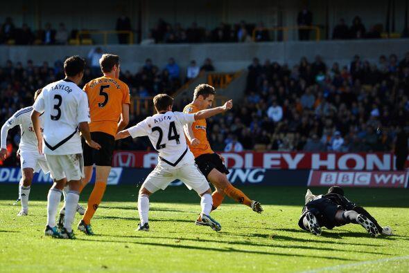 Wolverhampton sacó sus garras y a 5 minutos del final consiguió 2 goles...
