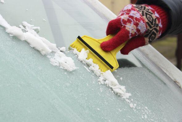 Removedor de nieve. Si vives en una región donde son frecuentes l...