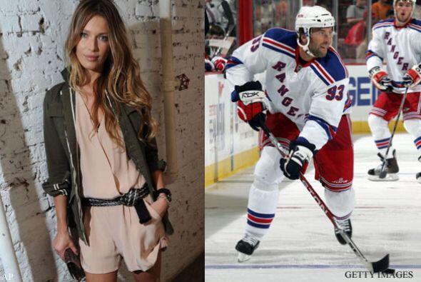 VERONICA VAREKOVA Y PETR NEDVED: En julio de 2004 se casaron la modelo d...