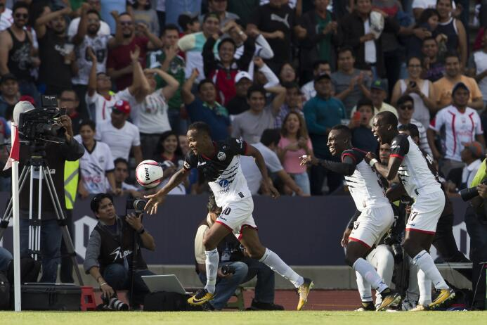 Luna Llena en la Liga MX: los Lobos BUAP aullaron 3-2 contra Pachuca 201...