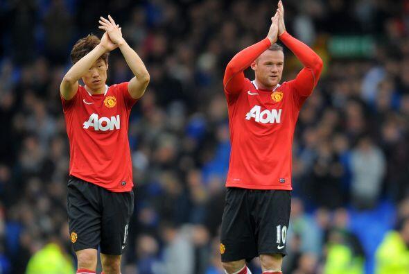 Rooney aprovechó y le pidió consejos a Park Ji-Sung, conocedor de la dan...