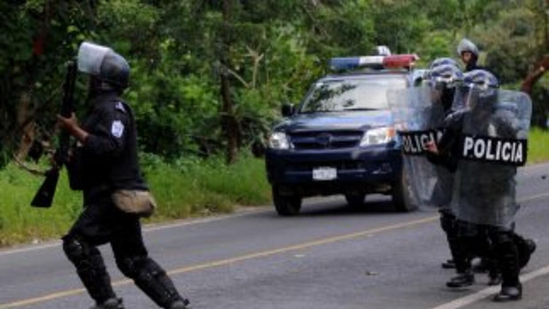 Cuatro narcotraficantes presuntamente de nacionalidad colombiana muriero...