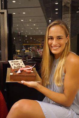La tenista puertorriqueña, quien se encuentra en un torneo en China, com...