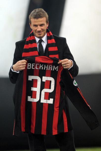 En el 2009 Beckham aprovechó el receso de la MLS para jugar la segunda p...