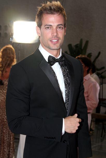 No cabe duda que William Levy es uno de los hombres más guapos de la tel...