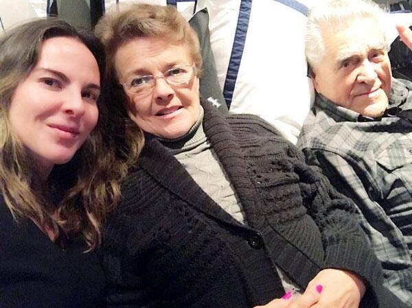 Kate del Castillo y su familia