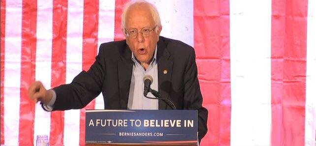 El senador por Vermont y pre candidato demócrata a la presidencia de los...