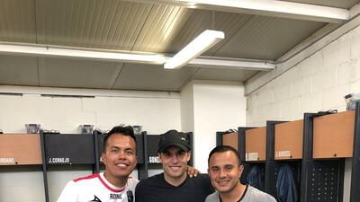 Laondon Donovan (centro), Luis Montes (izquierda)