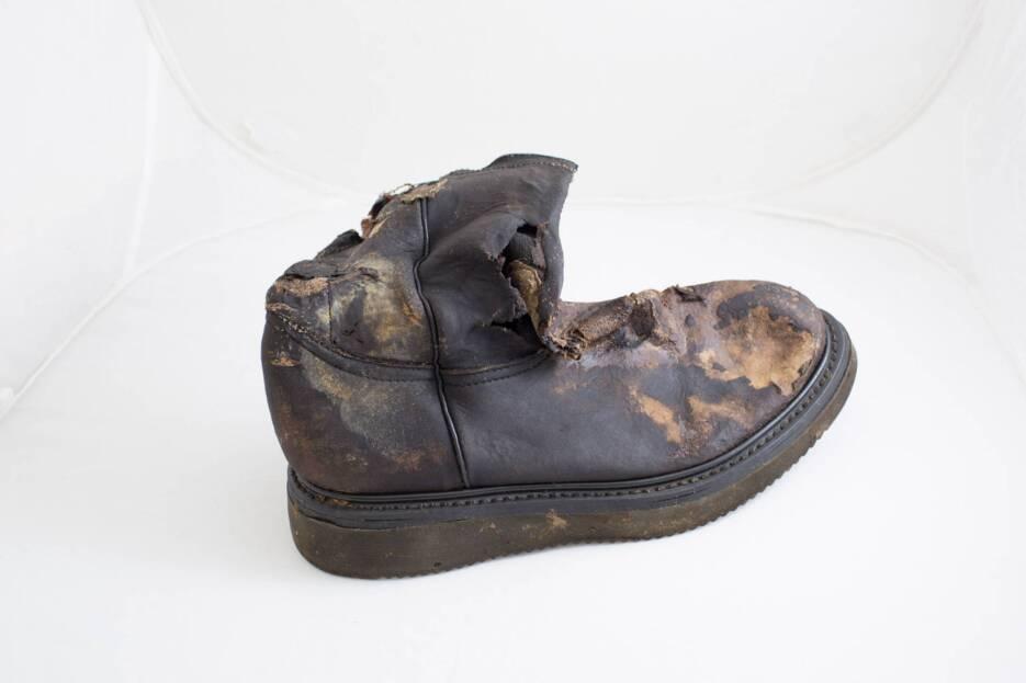 Botas negras o cafés talla 8 encontradas en Myric Ranch el 16 de julio d...